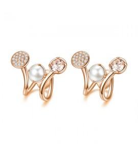 orecchini affinity in ottone e galvanica oro rosa con swarovski silk perle cream e pavè di zirconi bianchi